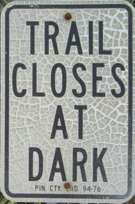 Trail-closes-at-dark-sign-Pinellas-Rail-Trail-FL-1-25-2016