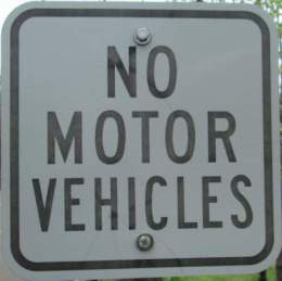No-motor-vehicles-sign-Midtown-Greenway-Minn-MN-5-10-17
