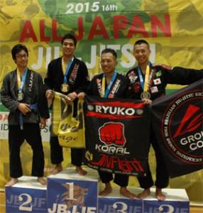 nakamurakensuke-alljapan-2015-podium-edit-x300
