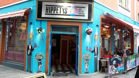 คาเฟ่ Hippetys ของนาง Lisa Marie Smith ในกรุงดับลิน