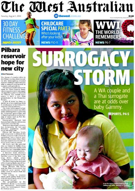 """นสพ. The West Australian ฉบับ 5 ส.ค. 2014 พาดข่าว """"พายุบุญอุ้มกระหน่ำ..สองสามีออส-ใต้กับหญิงอุ้มบุญชาวไทยเสียงต่างในเรื่องทารก Gammy"""""""