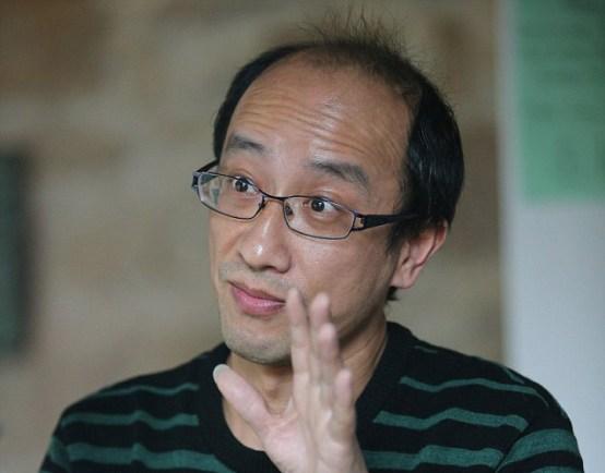 นาย Steven Hu