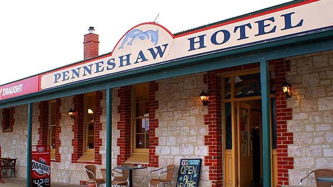 ผับ Penneshaw Hotel