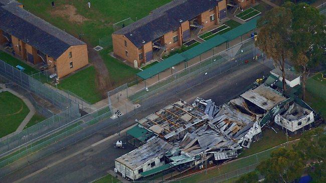 ส่วนหนึ่งของอาคารในศูนย์กักกัน Villawood ที่ถูกเผาในปี 2011