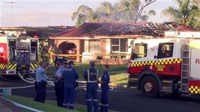 บ้านที่เกิดเหตุเพลิงไหม้ ถนน Mekeo Pl. ย่าน Glenfield (ภาพถ่ายจากทีวี 9