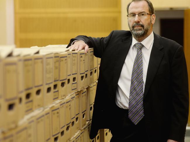 นาย Michael Barnes ประธานคณะกรรมการโคโรเนอร์รัฐน.ซ.ว. : ภาพชั่วคราวจากนสพ. the Telegraph