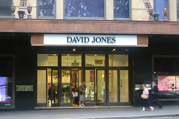 ห้าง David Jones ถนน Pitt St. ที่นักท่องเที่ยวไทยรู้จักดี : ภาพจาก en.wikipedia.org