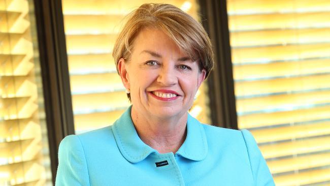 นาง Anna Bligh อดีตนายกรัฐมนตรีรัฐควีนสแลนด์ : ภาพจากนสพ. Herald Sun