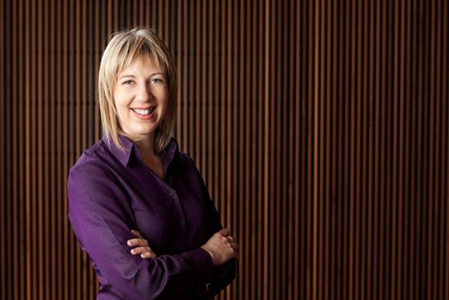 นาง Natalie James เจ้าพนักงานออมบุดส์แมนด้านความเป็นธรรมในการจ้าง : ภาพชั่วคราวจาก hcamag.com