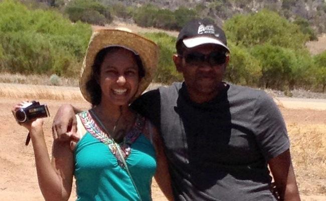 Chamari Liyanage และนพ. Dinendra Athukorala : ภาพจากนสพ. The West Australian