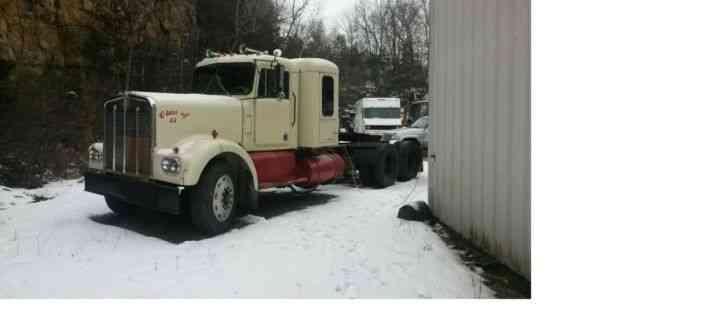 Kenworth 1965 Sleeper Semi Trucks
