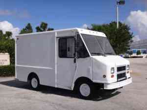 Chevrolet P30 Step Van (1999) : Van  Box Trucks