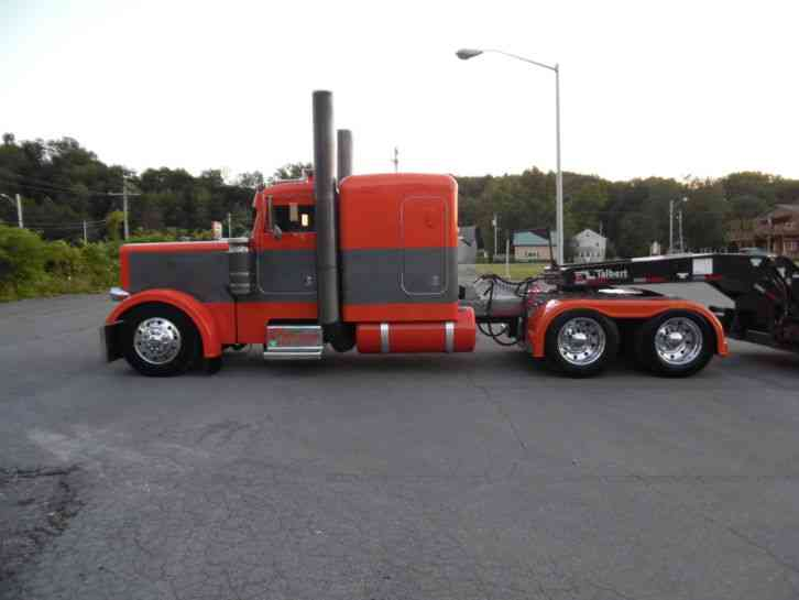 Peterbilt 379 Long Hood Sleeper Semi Trucks
