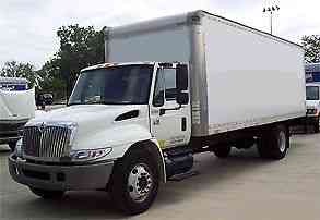 International 4300  DT466 (2006) : Van  Box Trucks