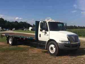 International 4300  (2006) : Medium Trucks