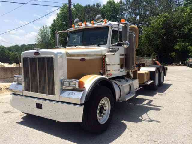 Peterbilt 379 2006  Daycab Semi Trucks
