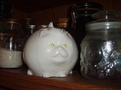 Meow baby! Every time I see this teapot, I smile.