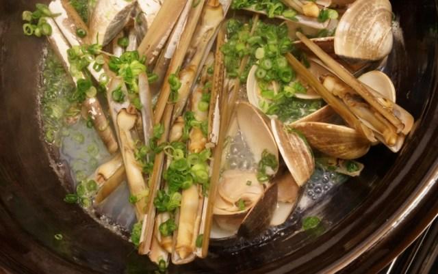 マテ貝の土鍋酒蒸し