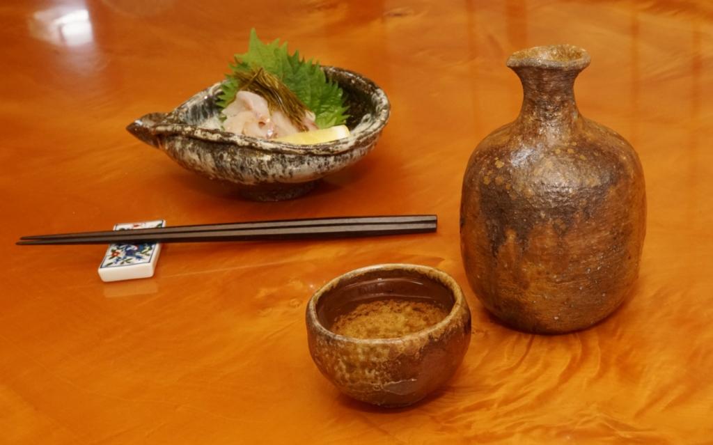 イトヨリダイの昆布締めを糸造りにして酒の肴に