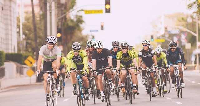 ロードバイクとクロスバイクの違いとは?目的別おすすめの自転車