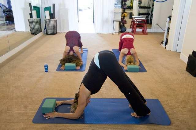 yoga-263673_1280