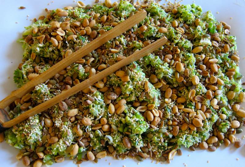 Asian zucchini salad jittery cook zucchini salad grated zucchini salad sprouted mung beans raw food vegetarian food forumfinder Images