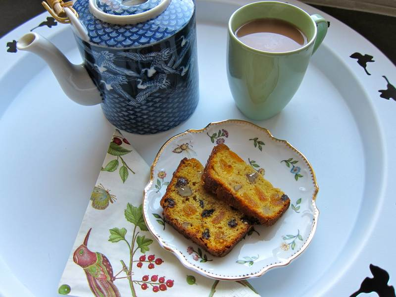 apricot raisin loaf, dessert, dessert recipe, fruit cake, fruit loaf, recipe, recipes, easy dessert, holiday dessert, food, loaf, dessert loaf, apricot loaf, dried apricot dessert, raisin loaf