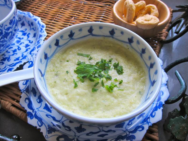 Leek Potato Soup – A Beautiful Mess
