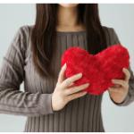 バレンタインデーは何故2月14日なの?日本はいつ頃広まった?