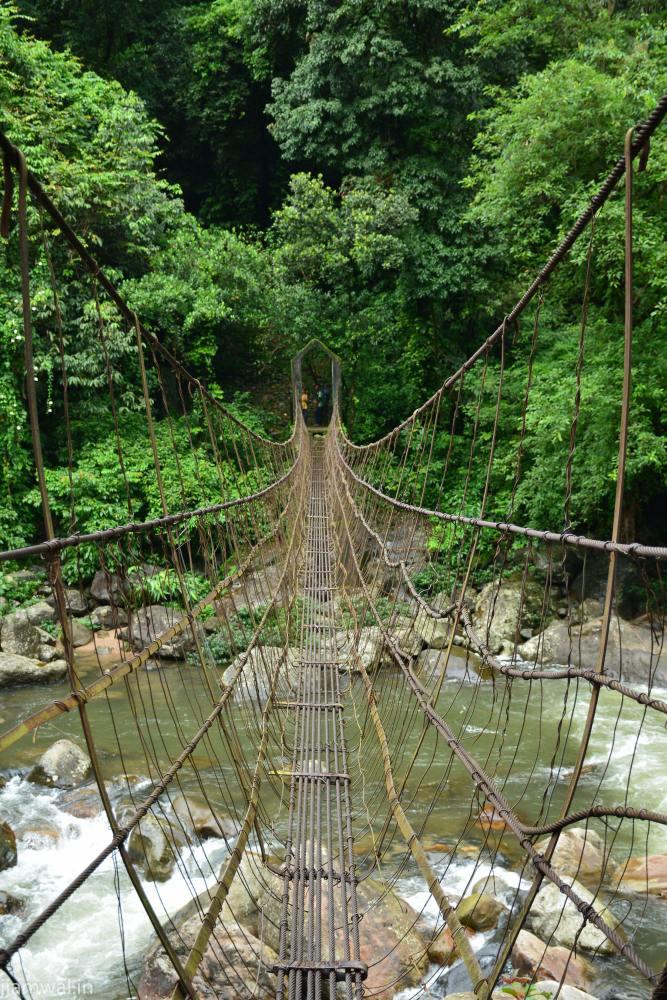 A steel rope bridge