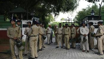 Govt pushes squatters out of Lutyens Bungalow Zone, only 4 left https://www.hindustantimes.com/india-news/govt-pushes-squatters-out-of-lutyens-bungalow-zone-only-4-left/story-JrSIsyfhmkeHK1YVgKQMMM.html