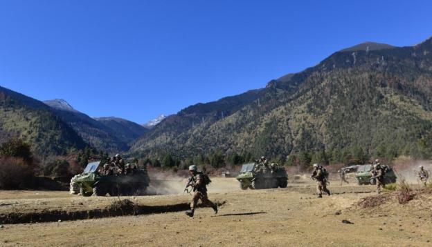 IMAGE 5: Military exercise by troops belonging to Tibet Military Region, Western Theater Command. (chinamil.com.cn)