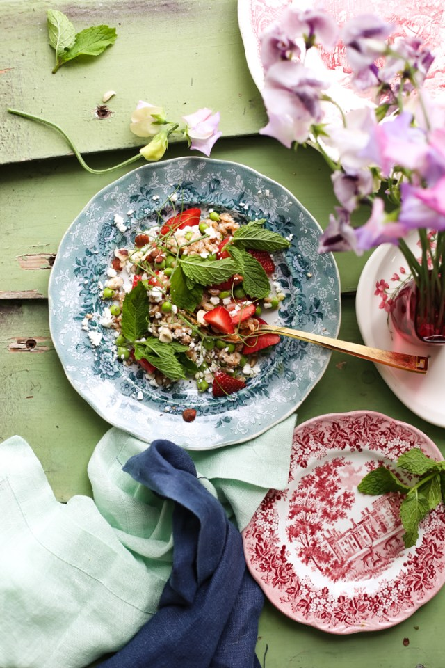 farro-strawberry-pea-salad-4