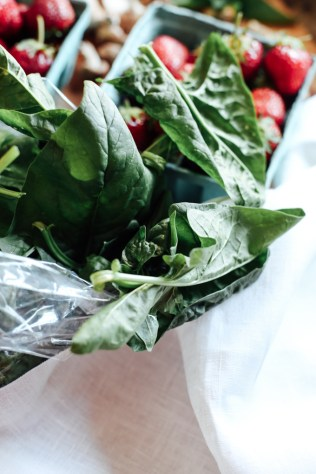farmers-market-spinach-3