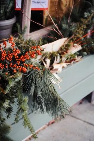 woodstock-wassail-weekend-flower-box-2