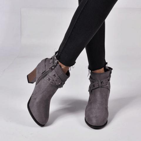 Berrylook Casual Solid Color Belt Buckle Heel Women Boots – (7)