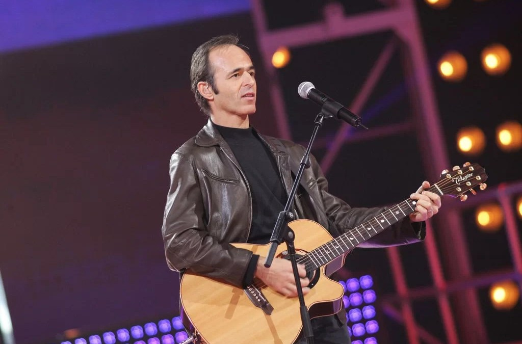 En 2004, Jean-Jacques Goldman chantait à la Star Academy avec Michael Jones