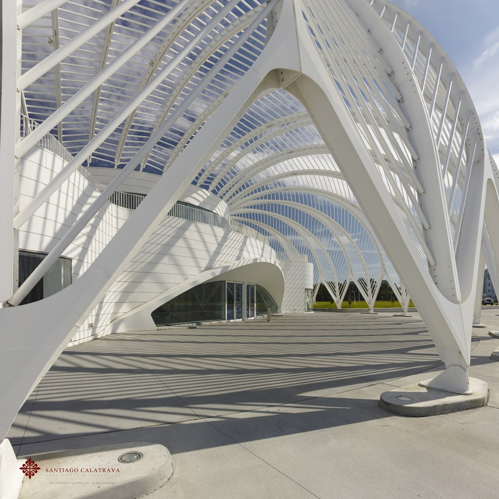 53ee38b6c07a800962000311_florida-polytechnic-sciencie-innovation-and-technology-campus-santiago-calatrava_fpu3
