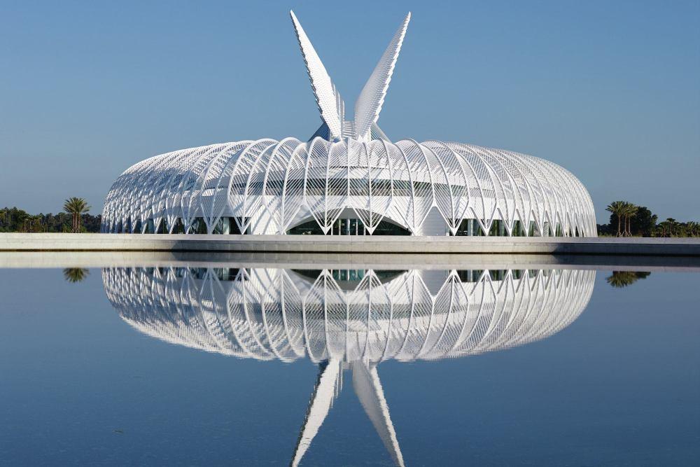 floridapolytechnicuniversity-calatrava-exterior1-hero-tcm20-2169568