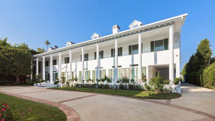 007 Trump Beverly Hills2