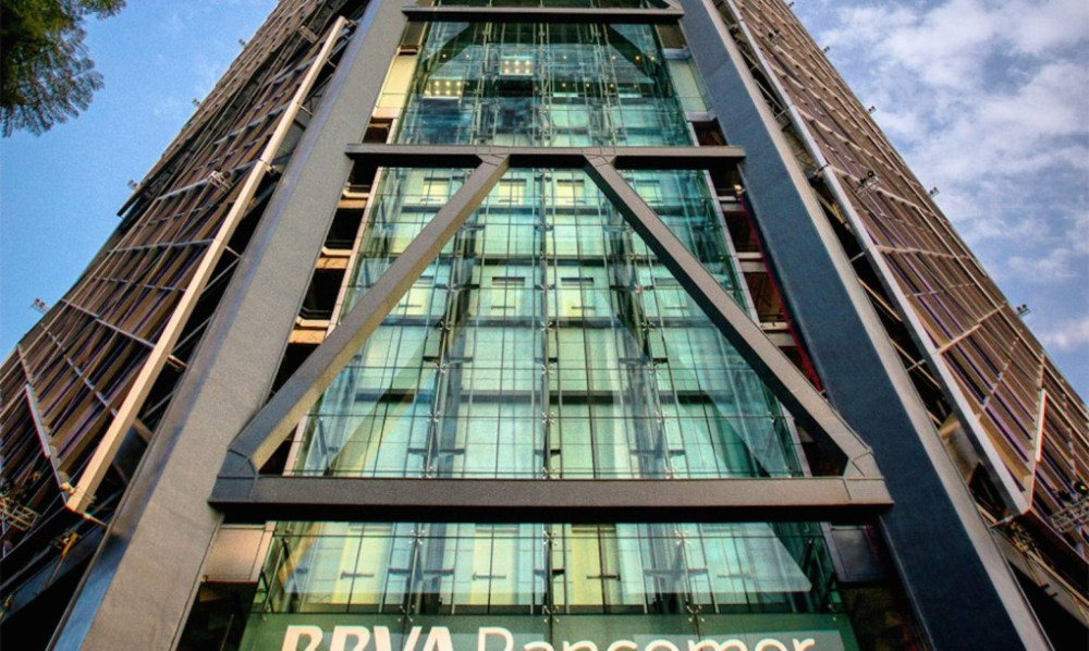 BBVA-Bancomer-by-LegoRogers-3-1020x610