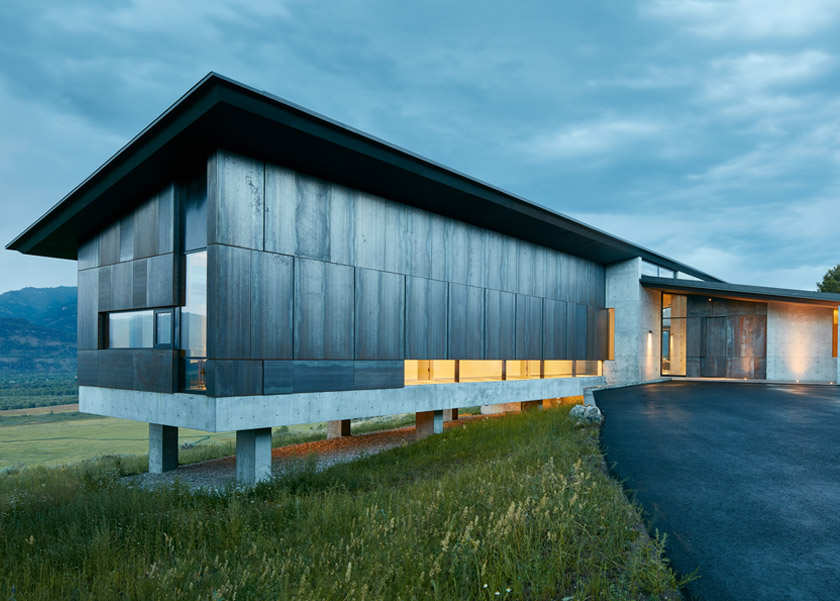 006 -Abramson-Teiger-Architects-Wyoming-Residence-Exterior-Front