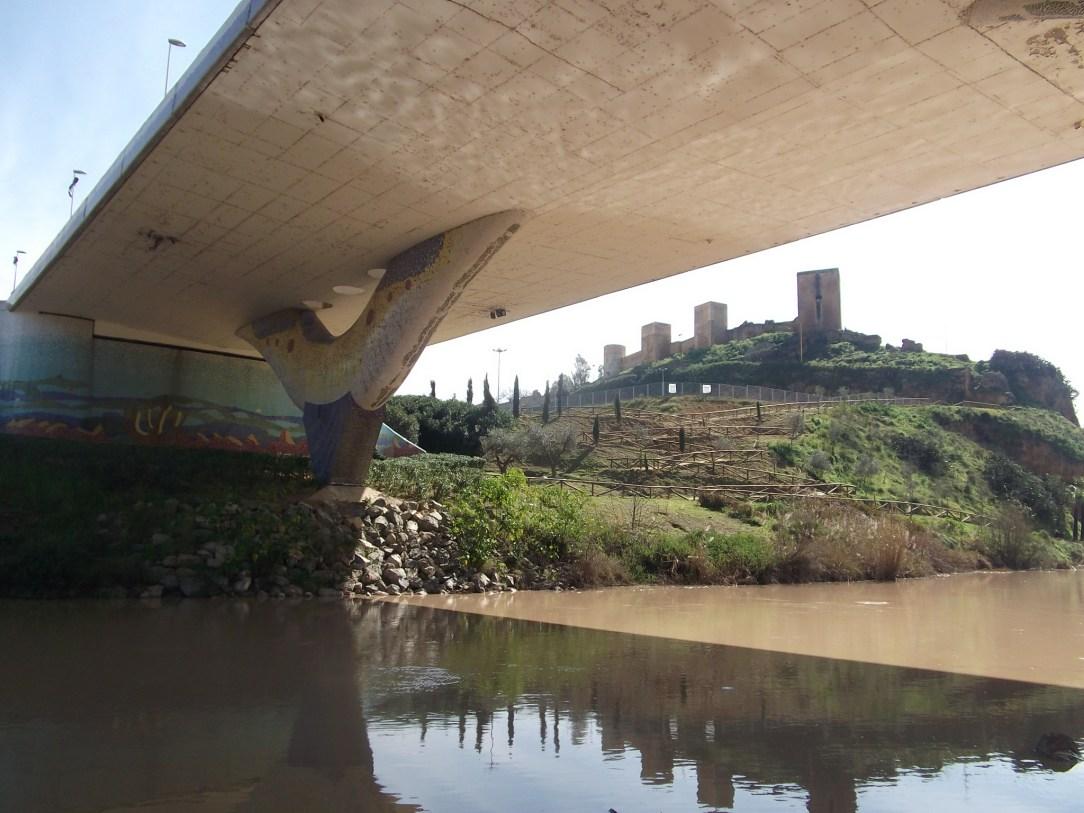 Castillo_bajo_puente_Dragón