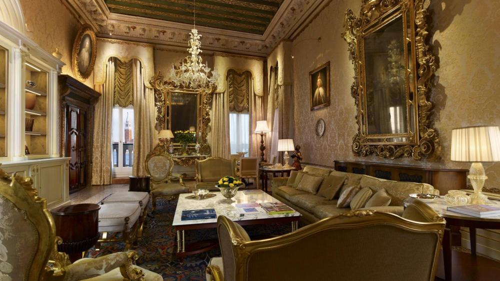 lux72gr-123586-Doge-Dandolo-Royal-Suite---Salon-1-