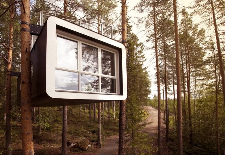 004 182_cabin_exterior_7a