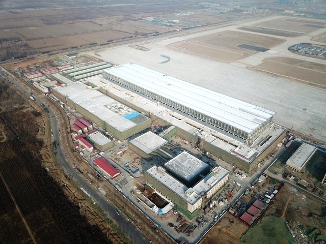 thyssenkrupp_Elevator_at_Beijing_Daxing_hangar