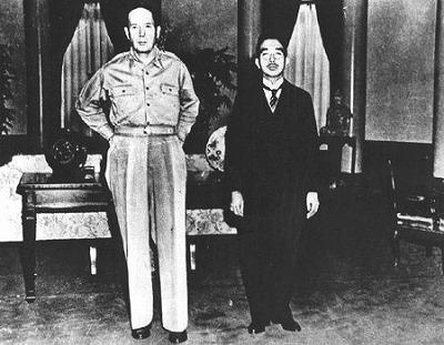 「昭和天皇 マッカーサー」の画像検索結果