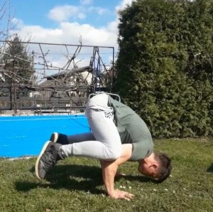 the perfect handstand frog