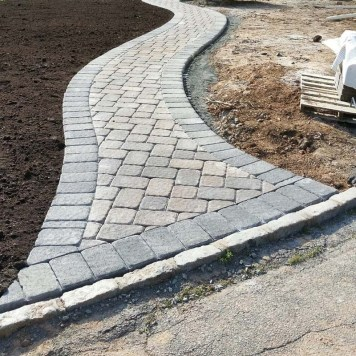 Elegant Curved Walkway with CST Pavers