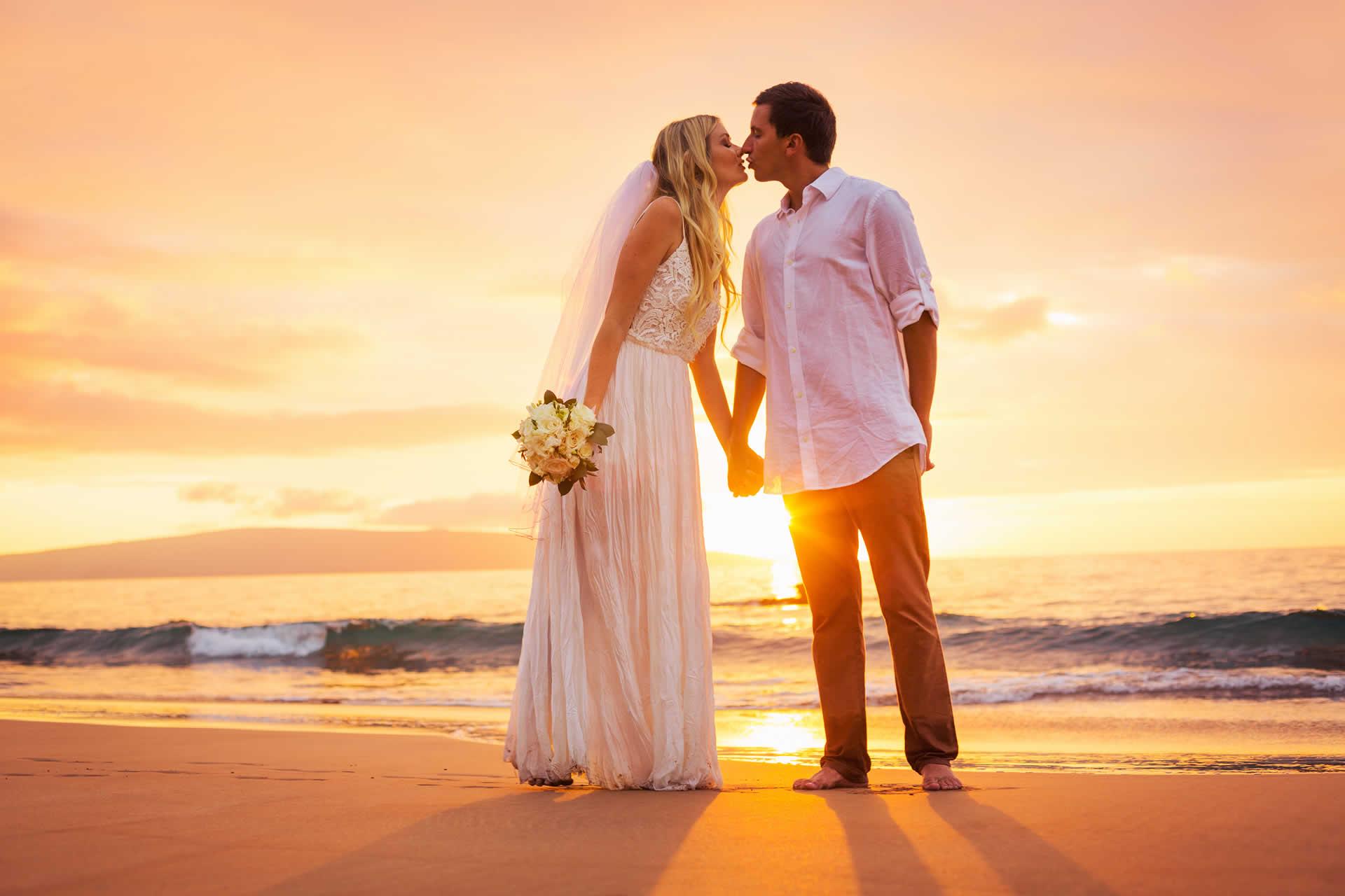 Page  Half Page with Sidebar  Jkreativ Wedding Photography